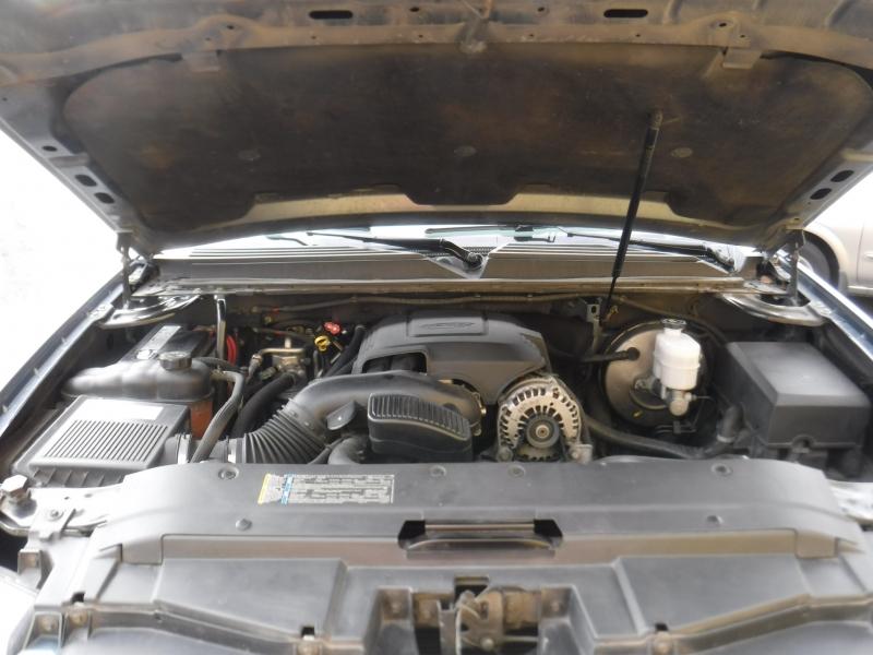 Chevrolet Tahoe 2008 price $7,800