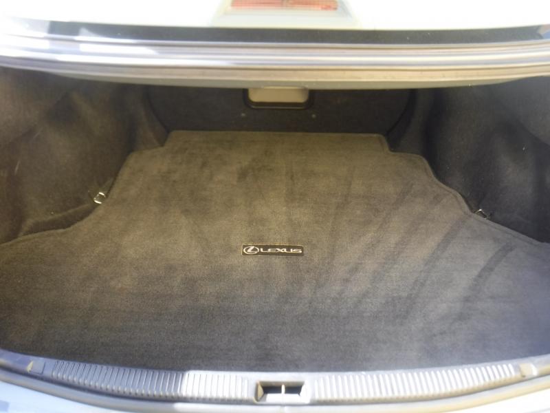 Lexus ES 330 2005 price $7,650
