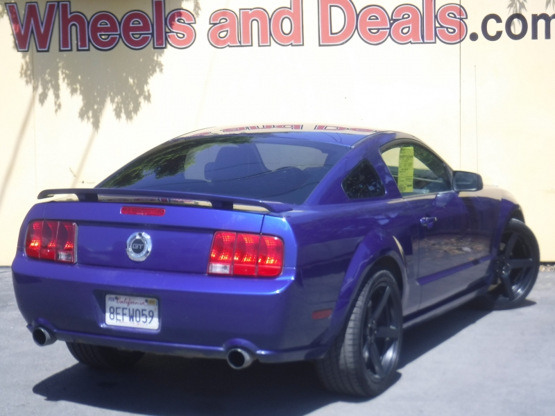 Ford Mustang 2005 price $7,188
