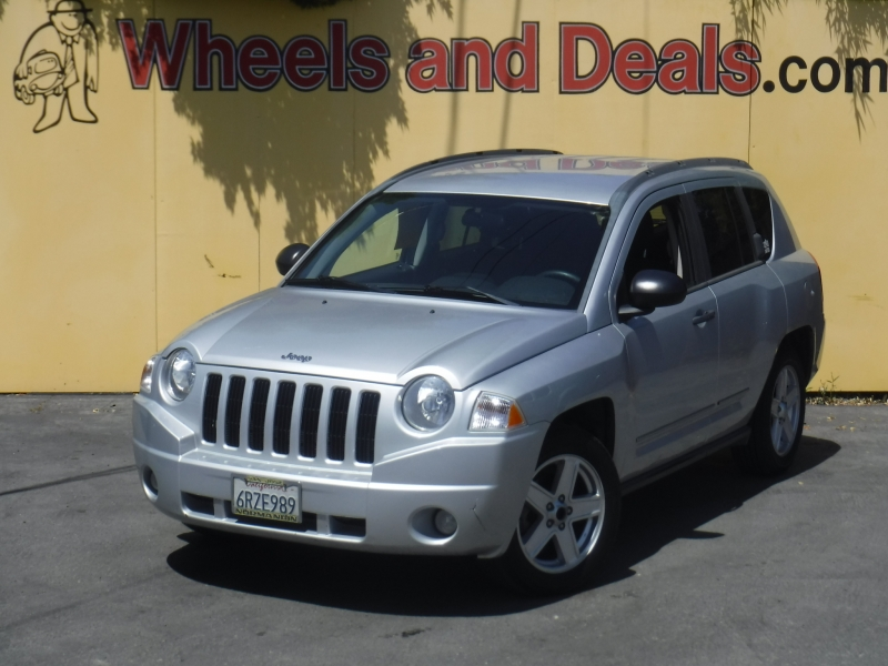 Jeep Compass 2010 price $4,200