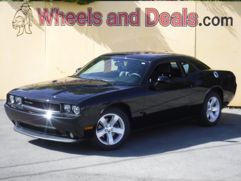 Dodge Challenger 2012 price $14,999