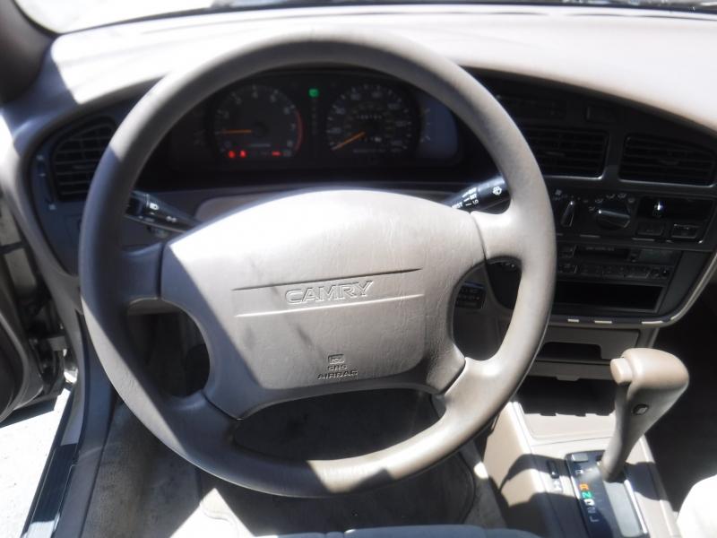 Toyota Camry 1993 price $6,250