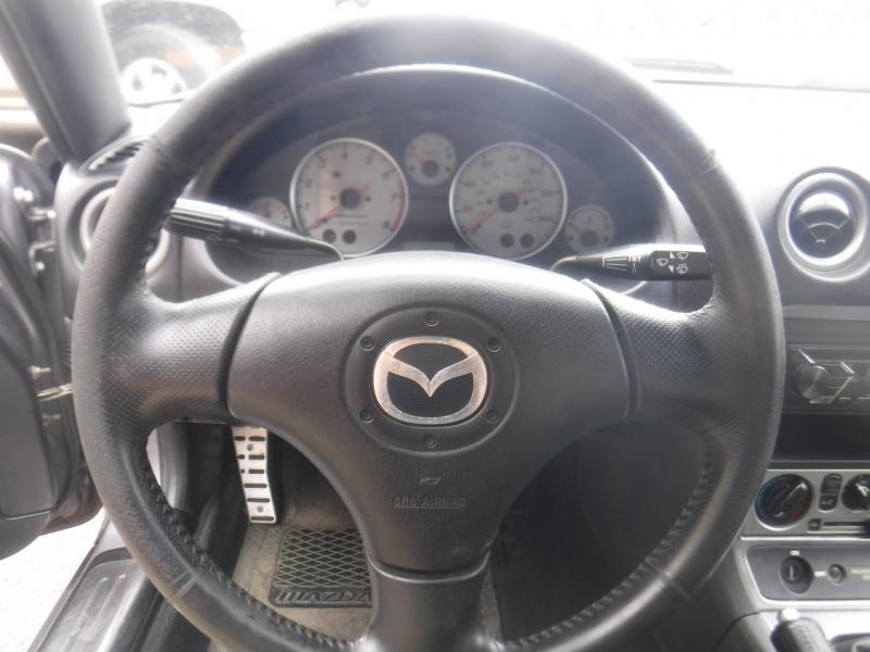 Mazda Miata 2005 price $8,999