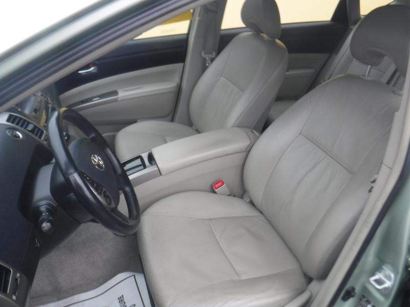 Toyota Prius 2009 price $5,250