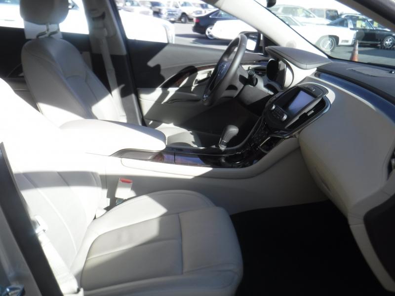 Buick Lacrosse 2015 price $22,499