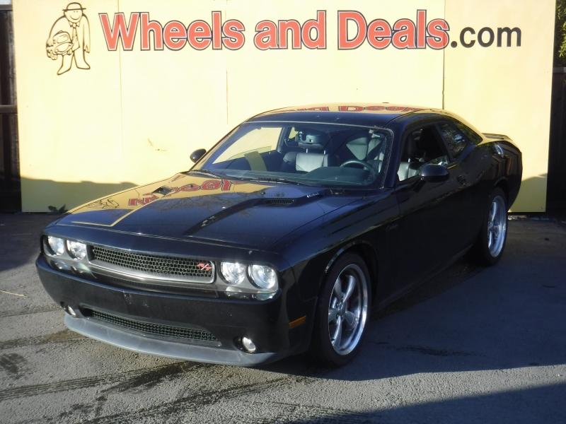 Dodge Challenger 2013 price $17,000