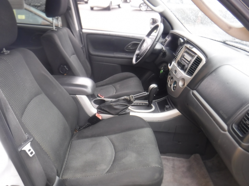 Mazda Tribute 2005 price $3,500