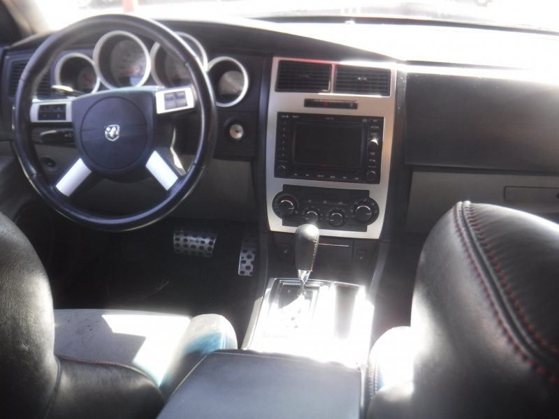 Dodge Charger 2007 price $8,200