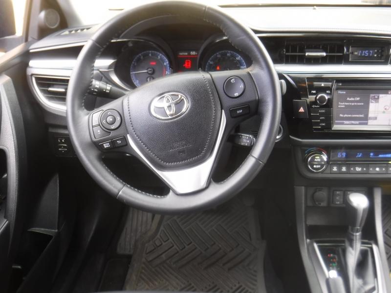 Toyota Corolla 2015 price $13,495