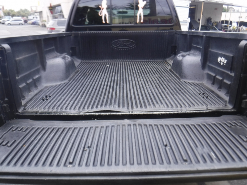 Ford F350 2004 price $24,999