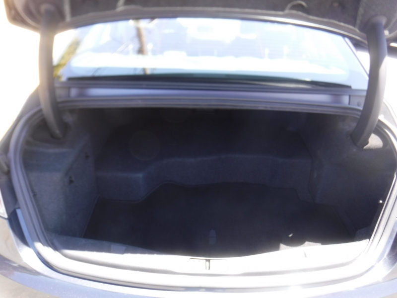 Lincoln MKZ 2013 price $14,900