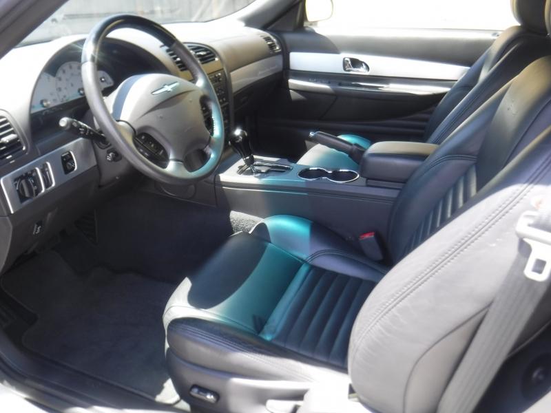 Ford Thunderbird 2002 price $16,000