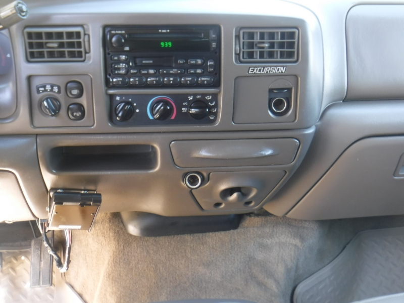 Ford Excursion 2000 price $16,095