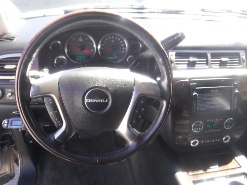 GMC Yukon 2007 price $11,500