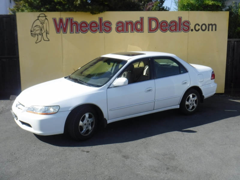 Honda Accord 2000 price Call for Pricing.