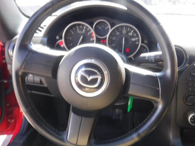 Mazda MX-5 Miata 2015 price $13,800