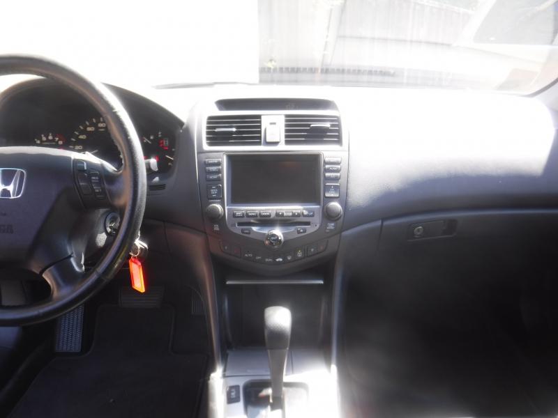 Honda Accord 2006 price $4,200