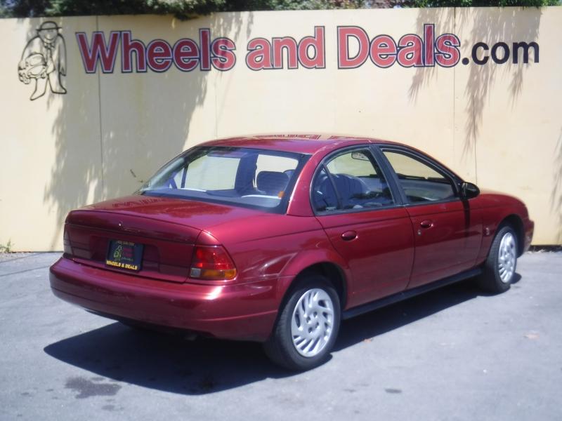 Saturn SL 1998 price $2,799