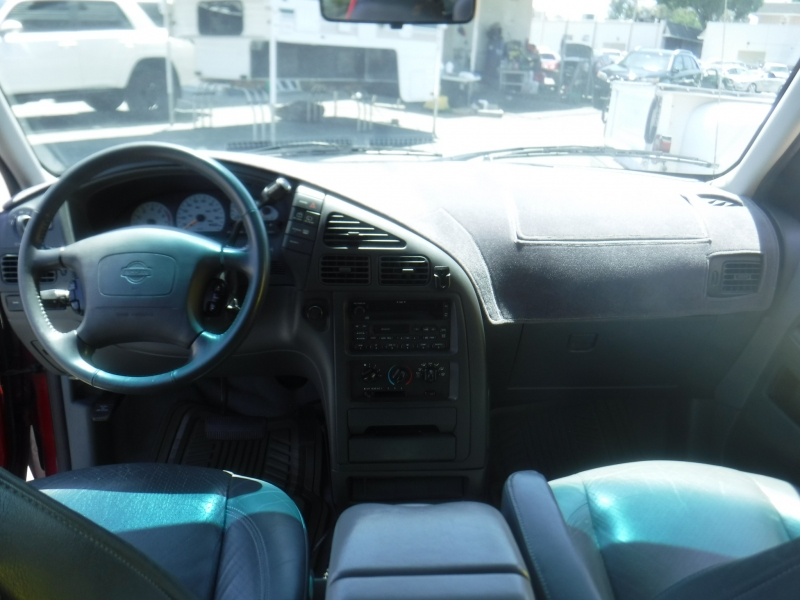Nissan Quest 2000 price $6,500