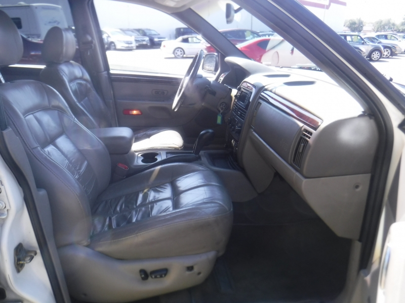 Jeep Grand Cherokee 2001 price $3,995