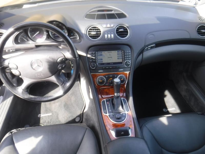 Mercedes-Benz SL500 2006 price $18,888