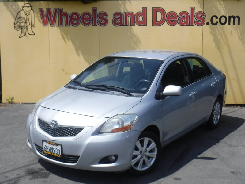 Toyota Yaris 2009 price $4,400