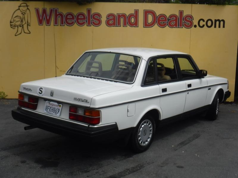 Volvo 240 1990 price $8,999