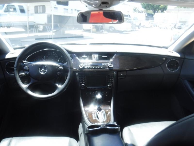 Mercedes-Benz CLS-Class 2007 price $9,200