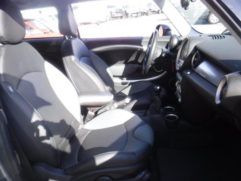 MINI Cooper S 2009 price $6,999