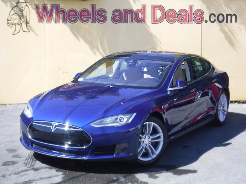 Tesla Model S 2016 price $47,995