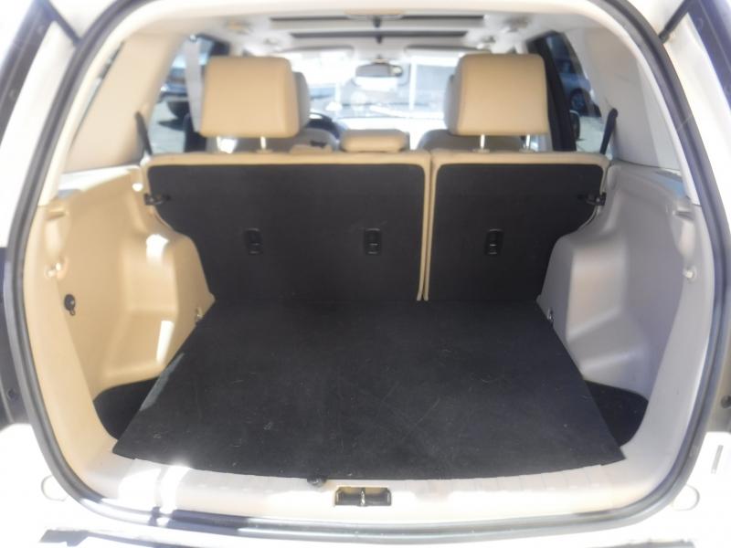 Land Rover LR2 2011 price $10,200