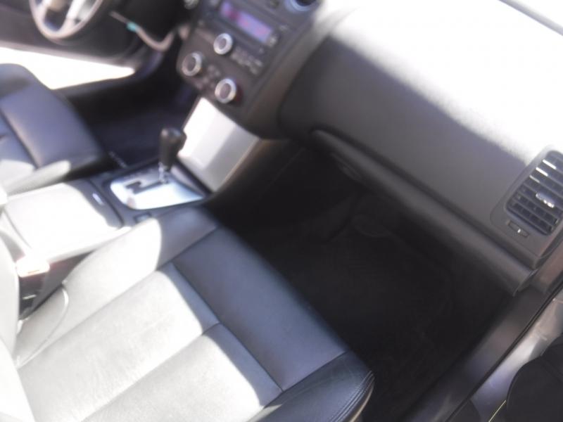 Nissan Altima 2009 price $7,200