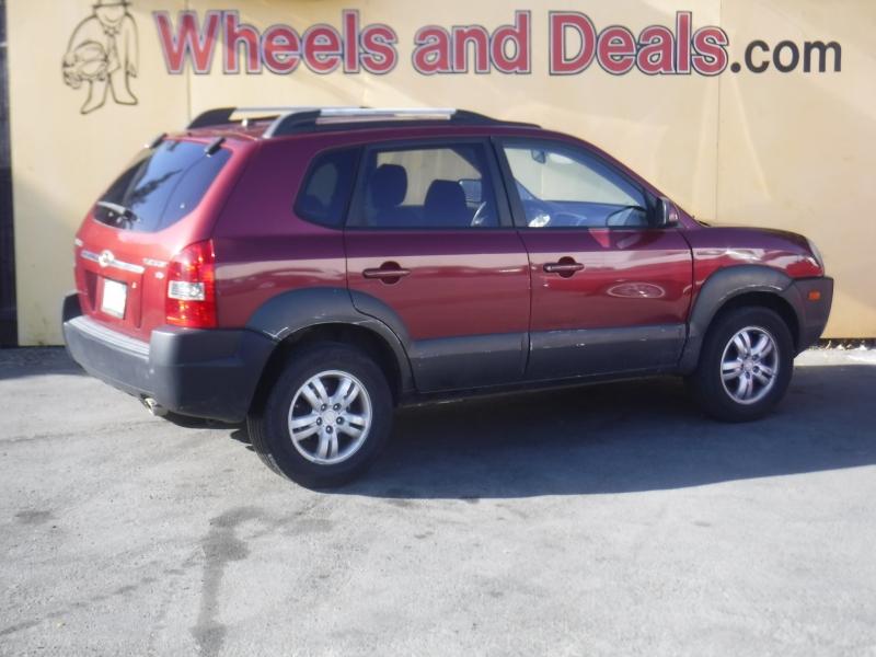 Hyundai Tucson 2006 price $3,999