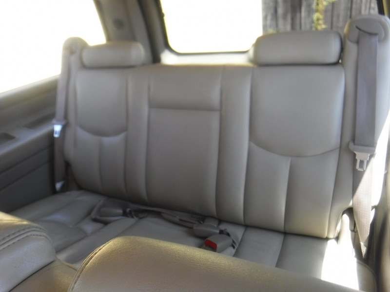 GMC Yukon Xl 1500 2005 price $4,500