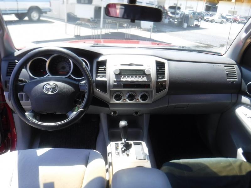 Toyota Tacoma 2005 price $10,150