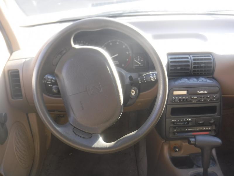 Saturn SW2 1999 price $2,650