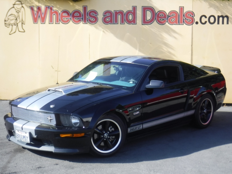 Ford Mustang 2007 price $9,999