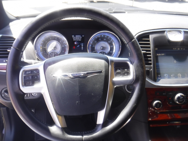 Chrysler 300 2012 price $8,999