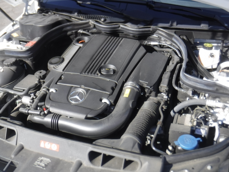 Mercedes-Benz C250 2013 price $13,995