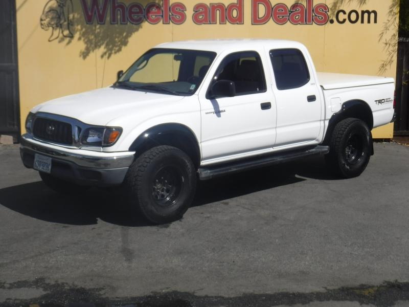Toyota Tacoma 2001 price $8,999