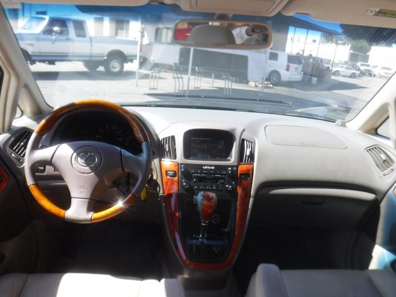 Lexus RX300 2003 price $6,995