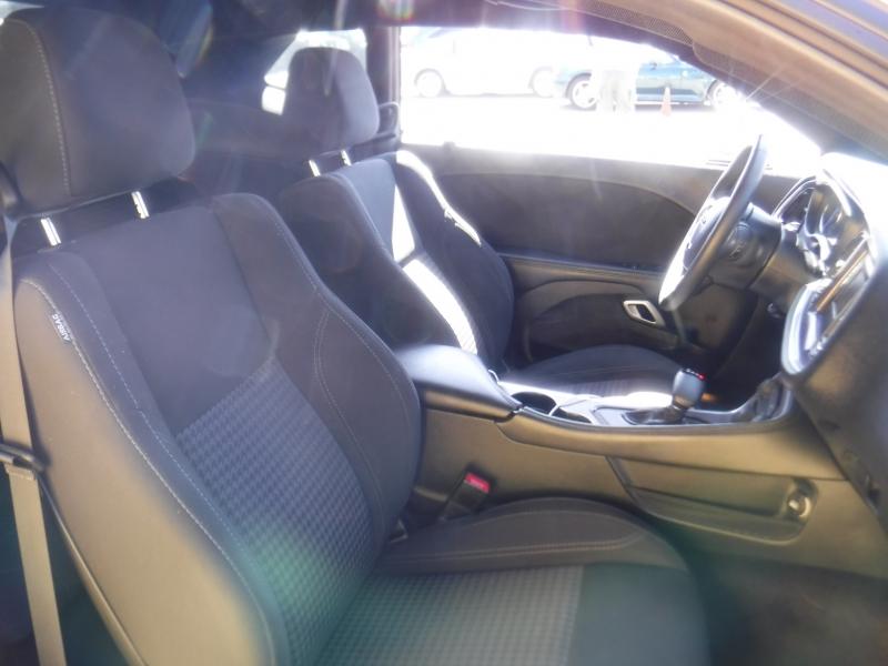 Dodge Challenger 2017 price $25,999