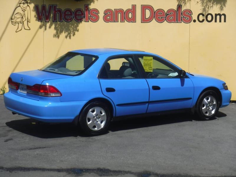 Honda Accord 2002 price $1,999