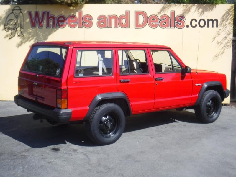 Jeep Cherokee 1993 price $7,500