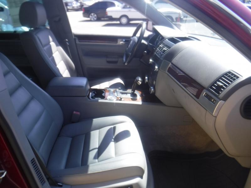 Volkswagen Touareg 2004 price $4,950