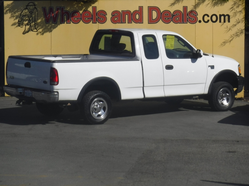 Ford F-150 2002 price $4,300
