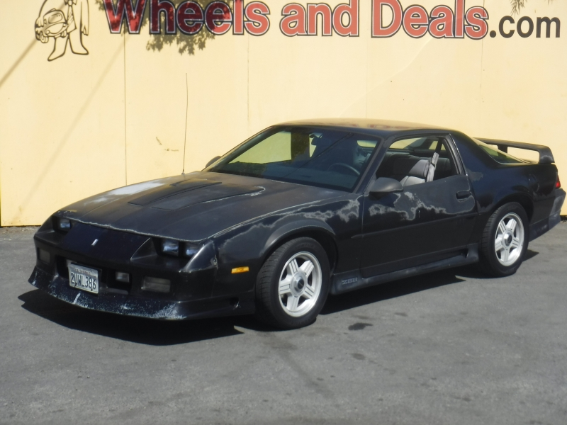Chevrolet Camaro 1991 price $1,999