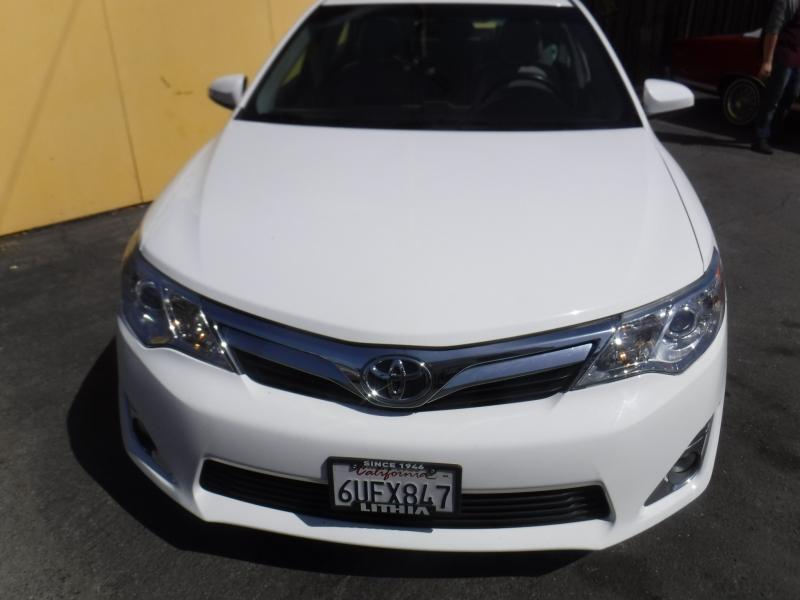 Toyota Camry 2012 price $13,900