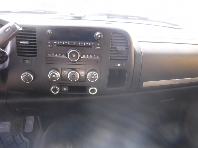 Chevrolet Silverado 2009 price $18,800