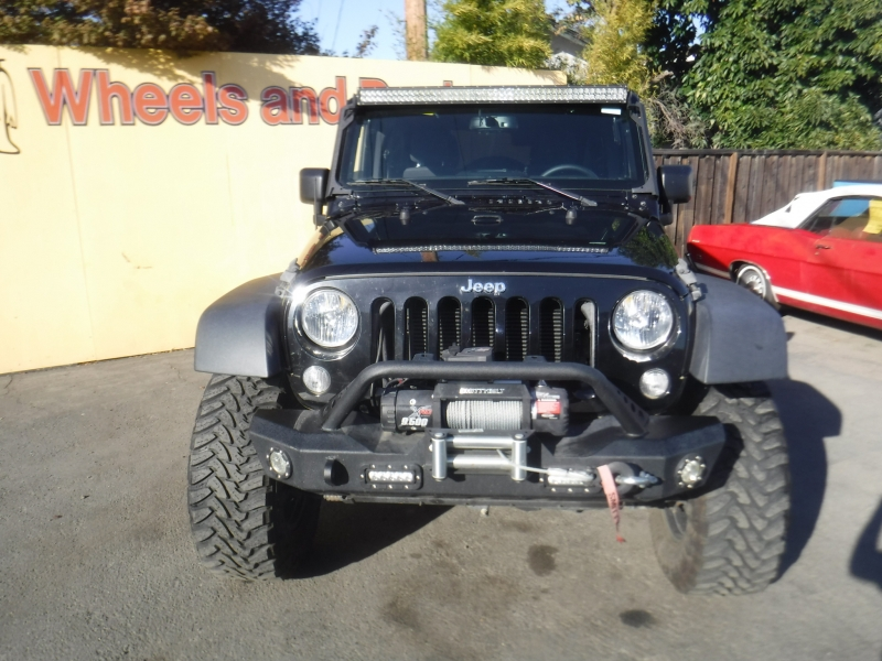 Jeep Unlimited 2015 price $41,500